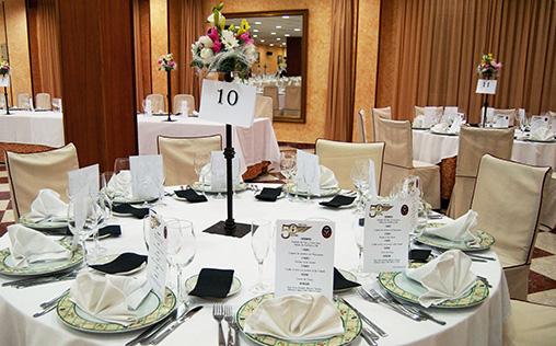 Hotel Restaurante La Paz - Comuniones y bautizos